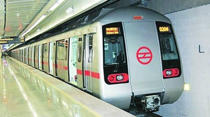 CAA protests disrupt Delhi traffic 19 metro stations shutting down