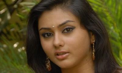 ரஜினி அரசியலுக்கு வர நடிகைகள் ஆதரவு