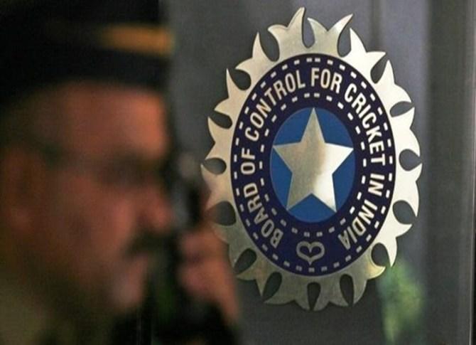 BCCI probes links between players, bookie in Tamil Nadu Premier League 2019 - டிஎன்பிஎல் தொடரில் சூதாட்டமா? தரகர்களுடனான தொடர்பு குறித்து வீரர்களிடம் பிசிசிஐ விசாரணை