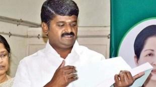 minister vijayabaskar, Vijayabhaskar's residence IT raid high court asks explanation