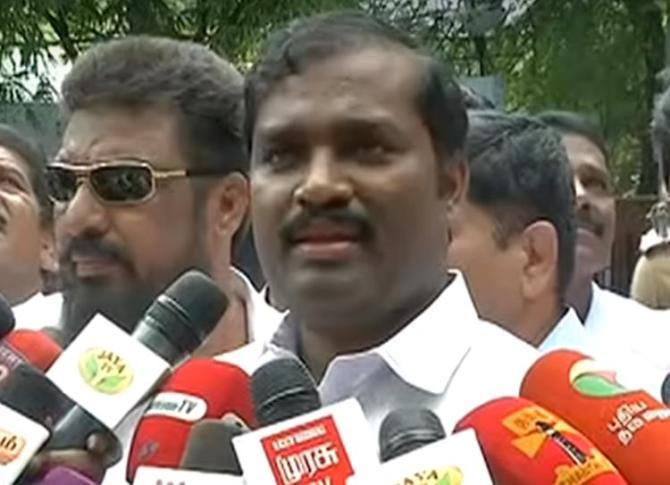 Velmuruga, Tamizhaga Vazhvurimai Katchi, T. Velmurugan, YOGA, Tamilnadu Government,