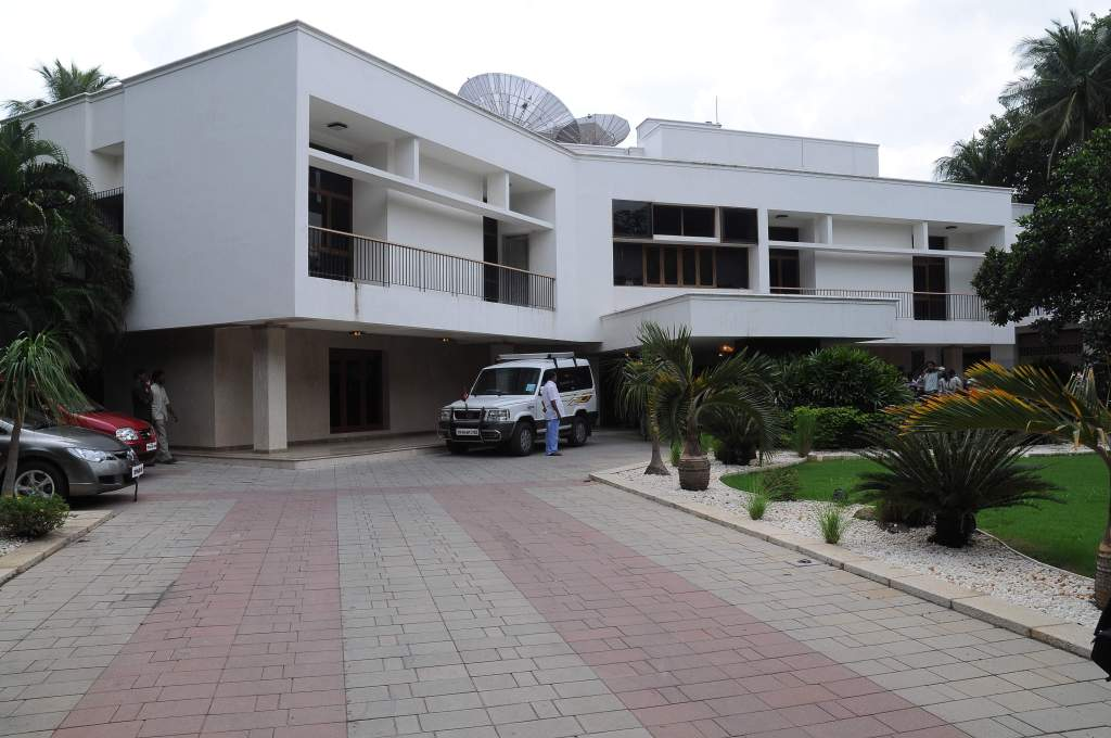 Jayalalaltha - veda nilayam - chennai high court