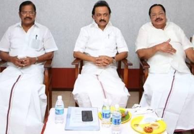 dmk mla's meeting, m.karunanidhi, m.k.stalin, dmk, comparision between m.karunanidhi and m.k.stalin