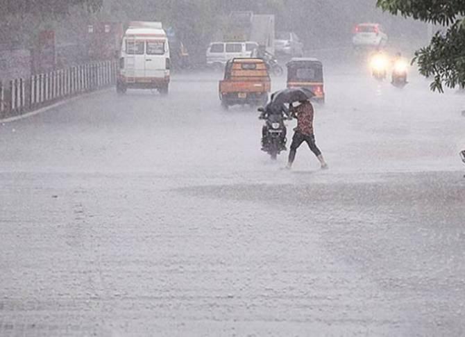 Heavy Rain Warning in Tamil Nadu, மழை பள்ளி கல்லூரிகளுக்கு விடுமுறை, தமிழ்நாடு செய்திகள்