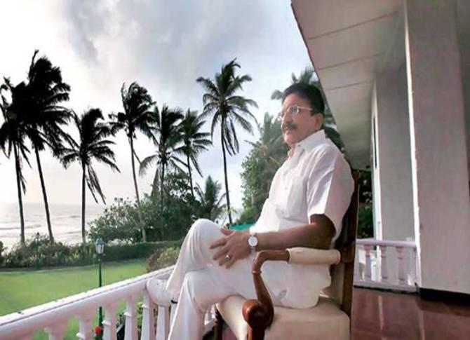 AIADMK, TTV Dinakaran, CM Edappadi Palanisamy, Governor C Vidyasagar Rao,