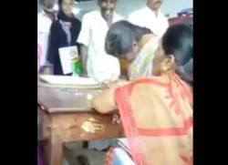 Gold for 'thali', MGR centenary, Dharmapuri, bribe,