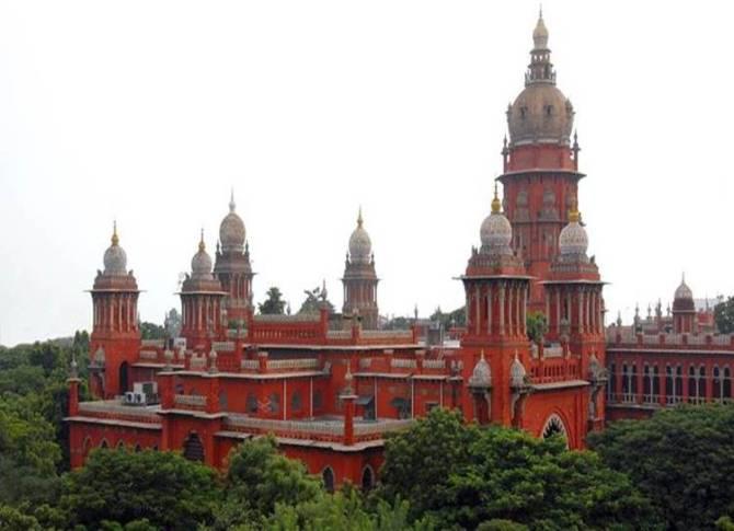 Madras High Court news, Sexual harassment of woman SP by IG, Police IG Murugan, பெண் எஸ்.பி. பாலியல் புகார், ஐ.ஜி மீது பெண் எஸ்.பி. பாலியல் புகார், ஐ.ஜி.முருகன் மீது பாலியல் புகார், Sexual harassment case against IG Murugan, Case Shit to Neighbouring State or Delhi