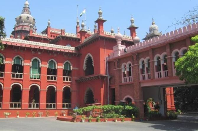tamilnadu government, chennai high court, ban for cut out-baners, chennai high court rejected tamilnadu government appeal