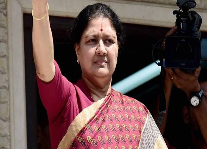sasikala, aiadmk, TTV Dinakaran, karnataka, tamilnadu government