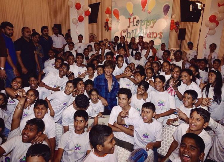 shah ruk khan children's day celebration