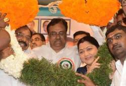 indira gandhi, indian national congress, s.thirunavukkarasar, evks ilangovan, actress kushboo