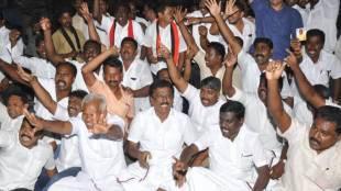 RK Nagar, RK Nagar ByPoll, AIADMK, ECI, Election Commission of India, Tamilnadu government, Money Distribution for voters, DMK, TTV Dhinakaran, E.Madhusudhanan, Marudhu Ganesh