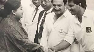 Jayalalitha with Cricket player Azharuddin