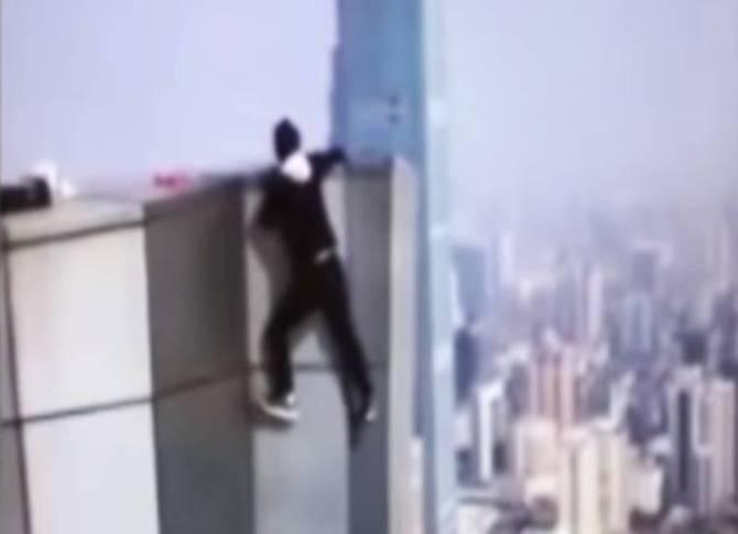 chinese stunt man falls and dies, stunt man slips and falls, falling off video, video of stunt man falling,