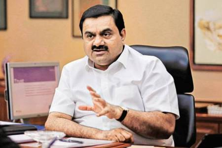 gautam adani wins bid to operate 5 airports