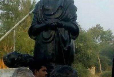 பெரியார் சிலை உடைப்பு : மத்திய போலீஸ்காரர் கைது, குடிபோதையில் உடைத்ததாக வாக்குமூலம்
