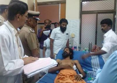 Cauvery Protest, Cricket, Chennai Police Commissionor Met Victims In Lathicharge