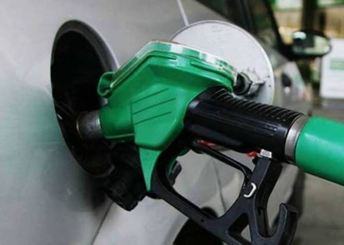 Petrol-Diesel Prices Hiked After 19 Days, Karnataka Elections 2018