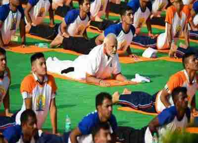 International Yoga Day - Modi , My Life My Yoga Video Contest , last date extended