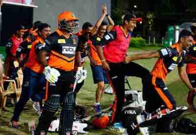 TNPL 2018: டி.என்.பி.எல். தொடக்க ஆட்டத்தில் திருச்சி வாரியர்ஸ் வெற்றி