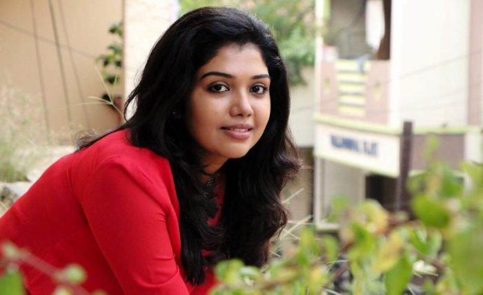 rithvika, ரித்விகா