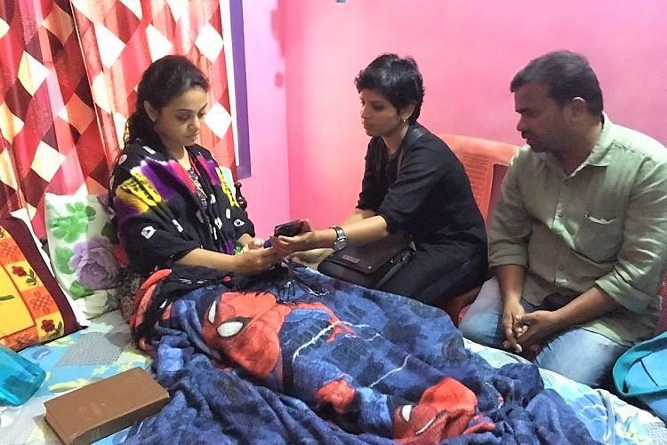 Gowsalya Meets Amrutha: , Gowsalya Sankar Murder Case Survivor Kausalaya Meets Amrutha