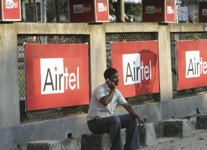 Unlimited Airtel Recharge Offers, Airtel 3 long-term prepaid recharge plans