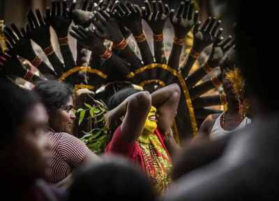 புகைப்படக்காரர்களின் சொர்க்க பூமி குலசேகரப்பட்டினத்தில் இன்று தசரா கொண்டாட்டம்