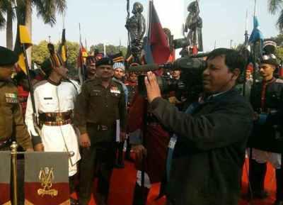 நக்சல்கள் தாக்குதல் மத்தியில் அம்மாவிற்கு கடைசி செய்தி சொன்ன தூர்தர்ஷன் கேமராமென்