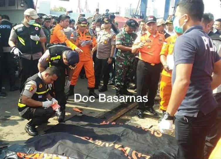 Lion Air flight JT 610, Flight crashes in Indonesian seas, World news, Tamil Indian Express news, Lion Air flight Crashes