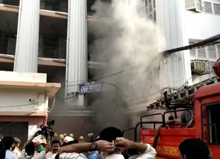 Fire in Kolkata Medical College and Hospital,