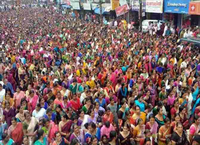 sabarimala verdict women protest, சபரிமலை தீர்ப்பு