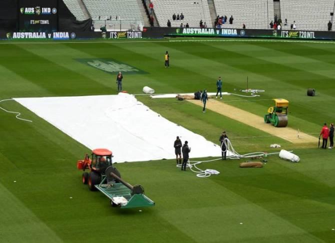 Ind vs Aus T20I: மீண்டும் மீண்டும் விளையாடிய மழை! ஆட்டம் முழுவதும் ரத்து
