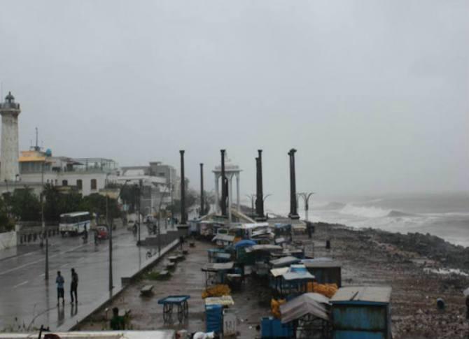 Cyclone Vayu today weather updates