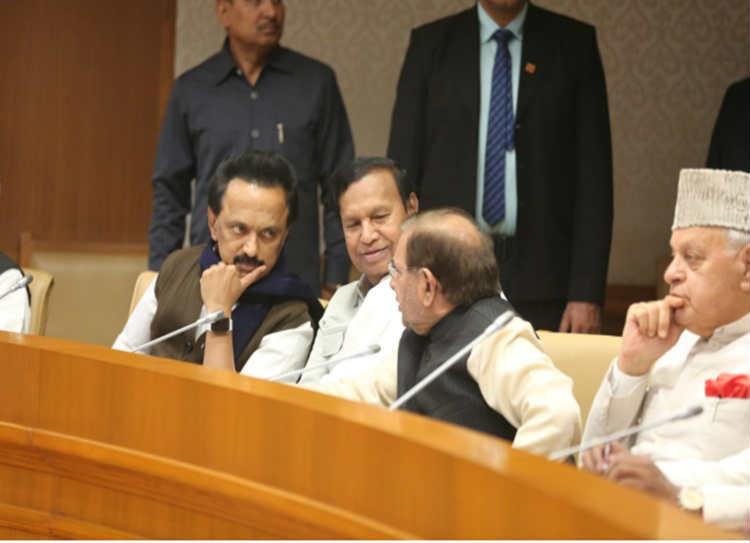 Opposition Meet Live Updates: டெல்லியில் எதிர்க்கட்சிகள் கூட்டத்தில் மு.க.ஸ்டாலின்