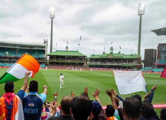India vs Australia sydney test day 4 stumps - சொந்த மண்ணில் முதன்முறையாக 'ஃபாலோ ஆன்'! தோல்வியை தவிர்க்க ஆஸ்திரேலியா போராட்டம்!
