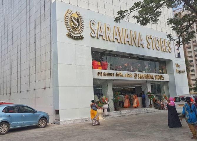Saravana Stores IT Raids, Income Tax Raid in Saravana Stores