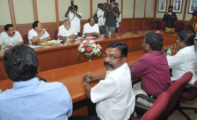 DMK Alliance, vck, mdmk