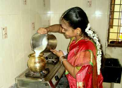பட்ஜெட் 2019 :  வீட்டு கடன் வாங்கியவர்களுக்கு மத்திய அரசு கொடுத்த இன்ப அதிர்ச்சி!