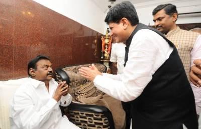 Vijayakanth Photos: விஜயகாந்துடன் பியூஷ் கோயல் சந்திப்பு, நடந்தது என்ன? படங்கள்