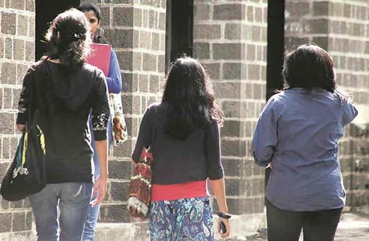pollachi sexual abuse, Asking gun security for ladies, பொள்ளாச்சி, பெண்கள் பாதுகாப்பு