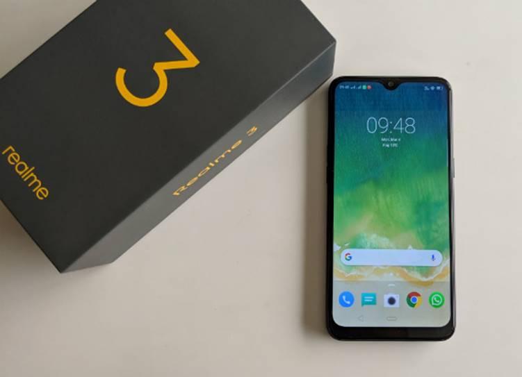 Budget smartphones Realme 3 Pro, Redmi Y3, Samsung Galaxy M40