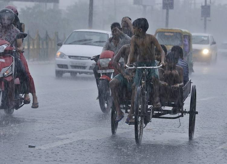 Chennai weather latest updates interior Tamil Nadu receives heavy rainfall