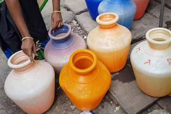 Water crisis in Tamil Nadu, water crisis, chennai water crisis, madras high court, chennai water shortage, maharashtra water crisis, bad monsoons, drought, groundwater level, indian express