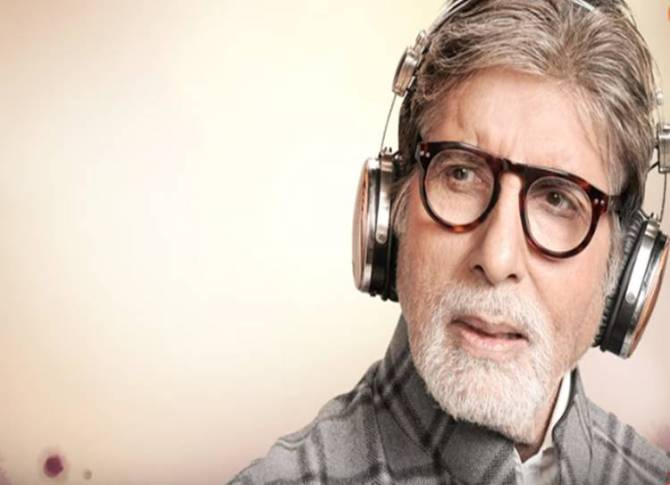 amitabh bachchan's unique tribute to mothers