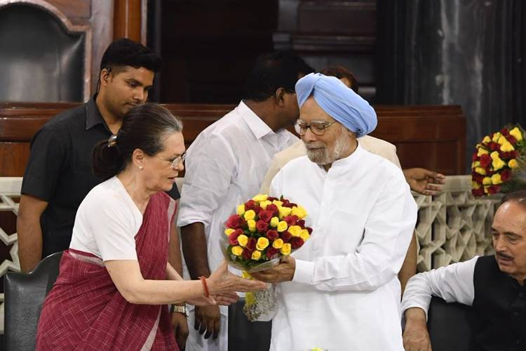 Sonia Gandhi, CPP Leader, Congress, சோனியா காந்தி, Congress Parliamentary Committee Leader
