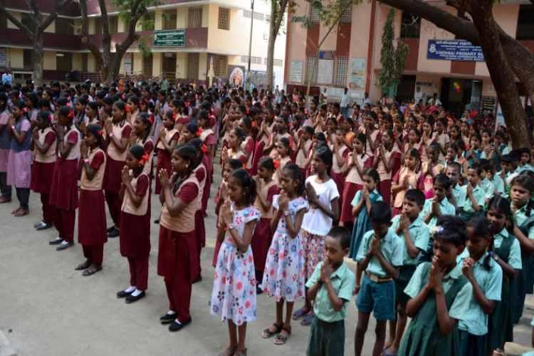 Tamil Nadu Matriculation Schools News: Tamil Nadu Matriculation Schools Reopen Date january 4 and Matriculation Schools Holiday details announced- மெட்ரிகுலேஷன் பள்ளிகள் திறப்பு ஜனவரி 4