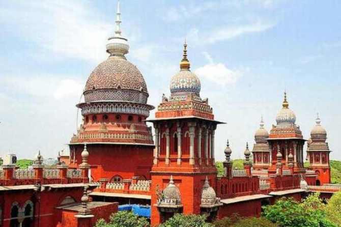 chennai high court, abortion, foetus, doctors team, rape victim, சென்னை உயர்நீதிமன்றம், கருக்கலைப்பு, சிசு, கரு, மருத்துவர்கள் குழு