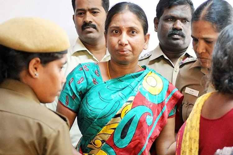 Rajiv Gandhi assassination case convict comes out for parole, Rajiv Gandhi assassination case convict Nalini Parole