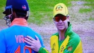 Indian fans booing steve smith virat kohli signal crowd cheer cwc 2019 ind vs aus